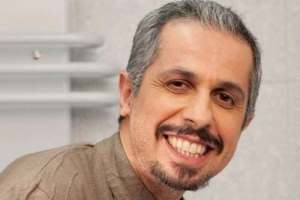 Javad Razavian ahangha.net  شوخی جواد رضویان با محمود احمدی نژاد در خندوانه!