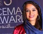 مونا برزویی از کافه علی ضیا با تقدیر به دیار نصف جهان سفر میکند