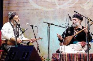 فرزاد طالبی این یک جشنوارهٔ ملی است فرزاد طالبی: این یک جشنوارهٔ ملی است